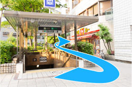堺筋本町13番出口
